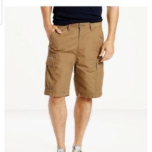 Levi's Career Cargo Shorts NWT